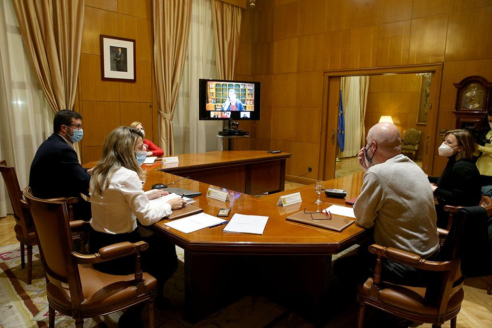 Yolanda Díaz se reúne con los máximos representantes de los agentes sociales para abordar los planes en materia laboral de los p...